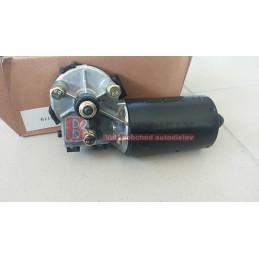 Motorek zadních stěračů